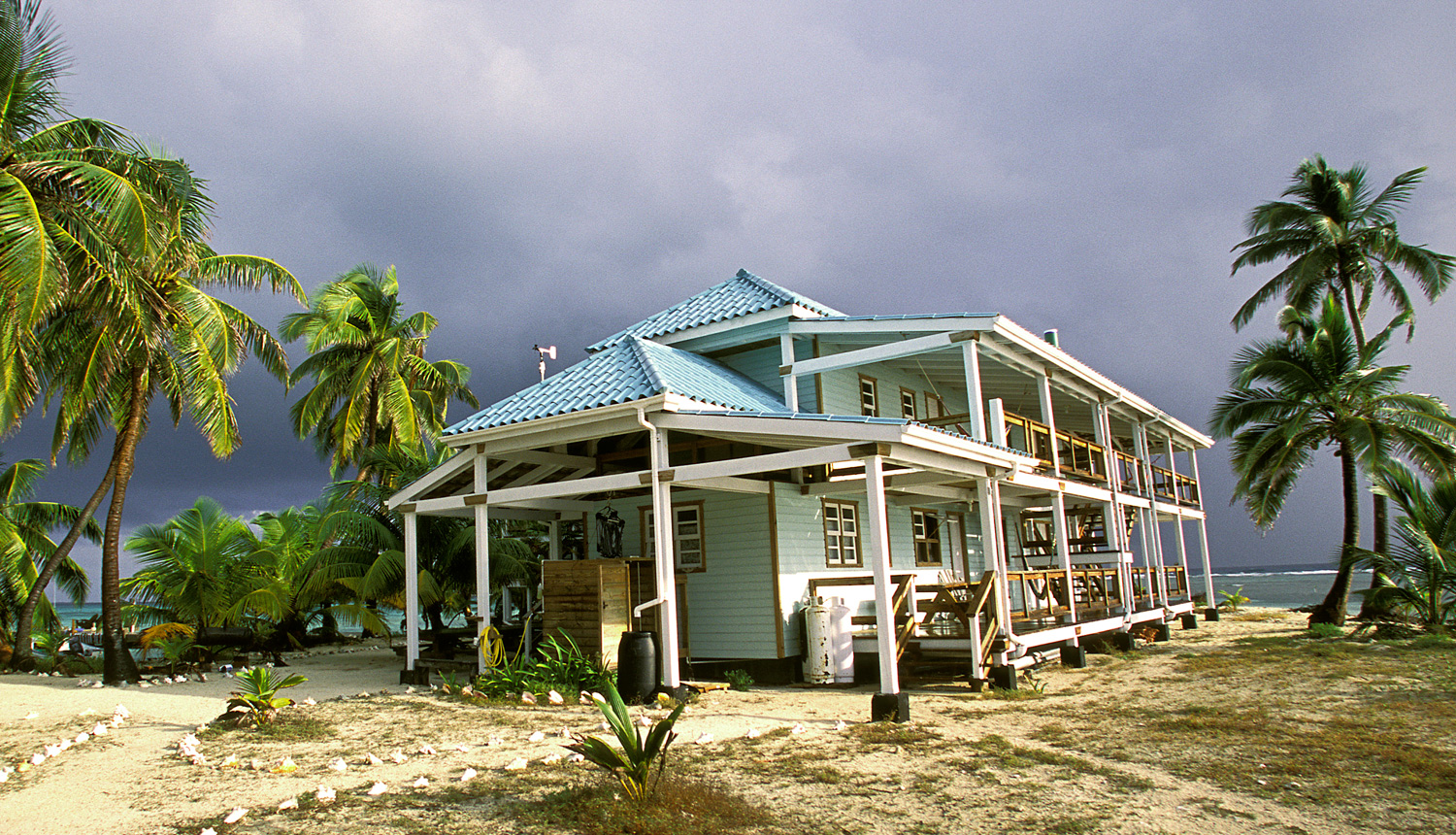 The Carrie Bow Cay Marine Field Station supports marine research year-round.<div class='credit'><strong>Credit:</strong> The Carrie Bow Cay Marine Field Station supports marine research year-round.</div>