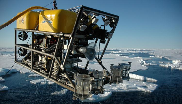 Remotely operated vehicles, ROVs, aid in deep-sea ocean exploration