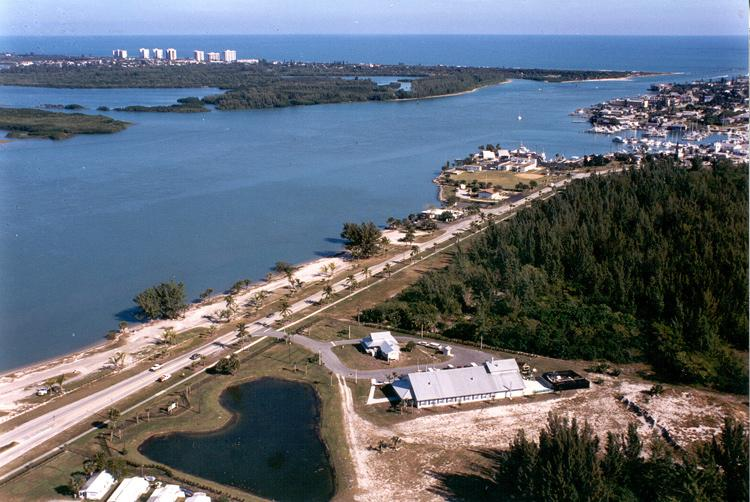 Farther north, in Fort Pierce, Florida, researchers at the Smithsonian Marine Station focus on mangroves and other marine ecosystems of Florida.