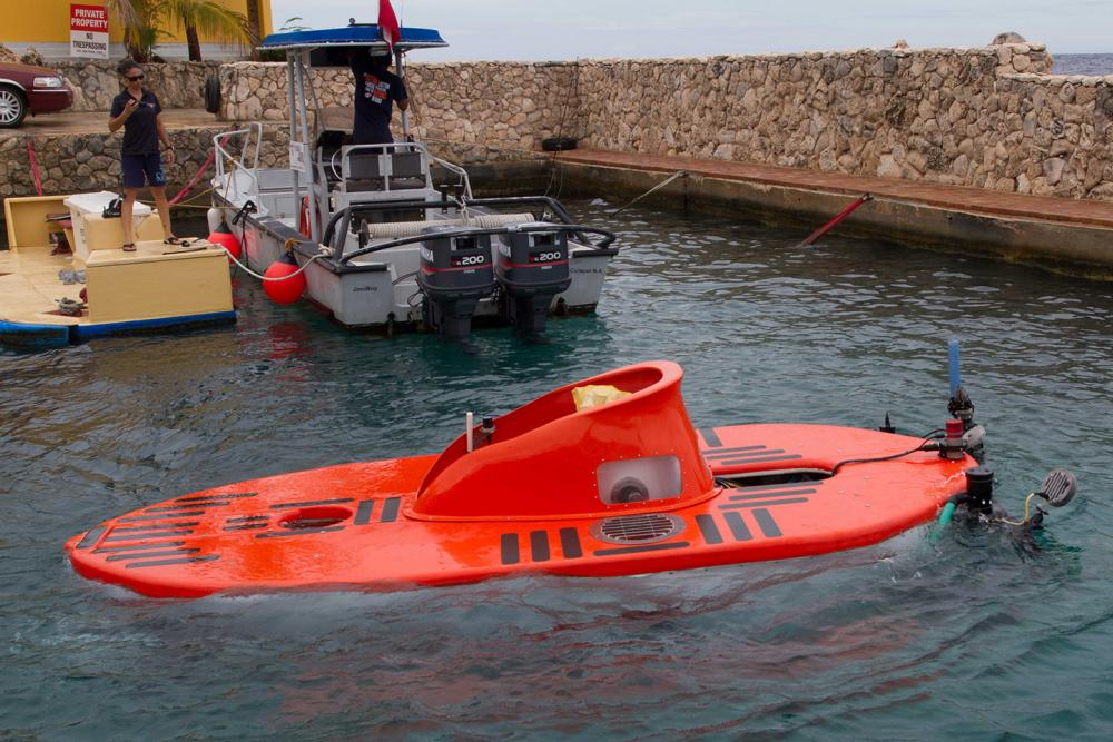 The Curasub departs for a deep sea dive, up to 1,000 feet off the island of Curaçao, where this sub is located.