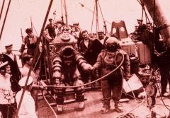 Two divers prepare to explore the Lusitania shipwreck in 1935.