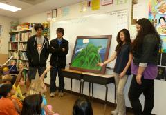 Hawaii students studying the ocean and climate teach kids.