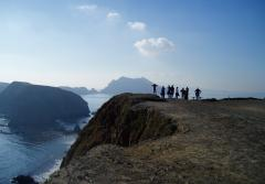 Students hike up to Inspiration Point in the Channel Islands.